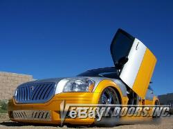 Vertical Doors Inc. Bolt-On Lambo Kit for Dodge Magnum 04-08